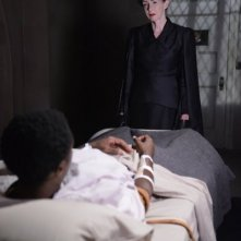 American Horror Story, Asylum - Frances Conroy nell'episodio Dark Cousin