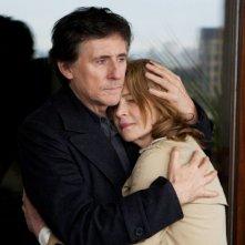 Charlotte Rampling con Gabriel Byrne in una scena di I, Anna