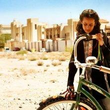 Wadjda: Waad Mohammed in una scena del film