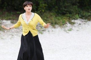 Colpi di fulmine: la cantante Arisa in una scena del film