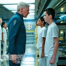 Ender's Game: un minaccioso Harrison Ford punta la recluta Asa Butterfield