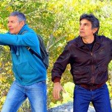Mai stati uniti: Giovanni Vernia e Vincenzo Salemme in una scena del film