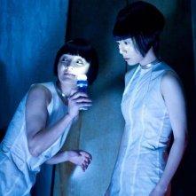 Cloud Atlas: Bae Du-na e Xun Zhou in una scena del film