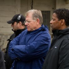 Flight: Robert Zemeckis e Denzel Washington sul set del film