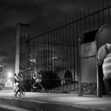 Frankenweenie: Bob terrorizzato in una scena del film