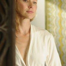 Naomi Watts nei panni di Maria in una scena di The Impossible