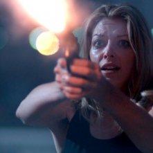 The Ghostmaker: Liz Fenning si difende in una scena del film