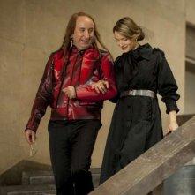 Tutto tutto niente niente: Antonio Albanese e Maria Rosaria Russo in una scena