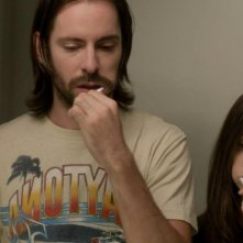 Save the Date: Martin Starr e Alison Brie in una scena