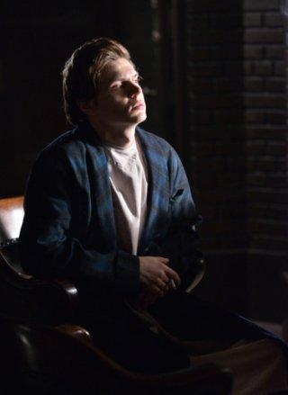 American Horror Story, Asylum -  Evan Peters nell'episodio The Coat Hanger