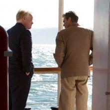 The Master: Joaquin Phoenix e Philip Seymour Hoffman in una scena