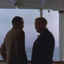 The Master: Joaquin Phoenix e Philip Seymour Hoffman in una scena del film