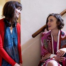 Cercasi amore per la fine del mondo: la regista Lorene Scafaria sul set con Keira Knightley