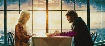 Upside Down: Kirsten Dunst e Jim Sturgess in una delle prime immagini del film