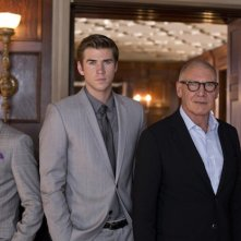 Harrison Ford, Liam Hemsworth e Gary Oldman in un'immagine promozionale di Paranoia