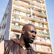 Omar Sy è uno dei protagonisti del film De l'autre côté du périph