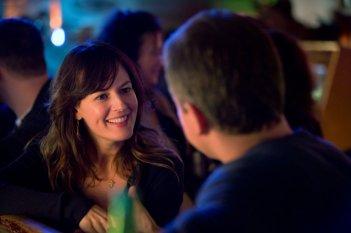 Promised Land: Matt Damon con Rosemarie DeWitt in una scena del film