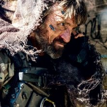 Elysium: un irriconoscibile Sharlto Copley sul set del film