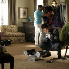 CSI Miami: Adam Rodriguez e Jonathan Togo  in una scena dell'episodio Piccole miss della decima stagione