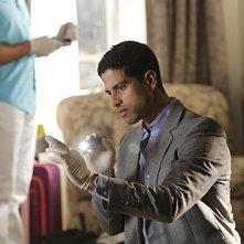 CSI Miami: Adam Rodriguez in una scena dell'episodio Piccole miss della decima stagione