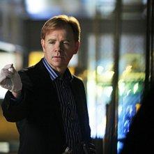 CSI Miami: David Caruso in una scena dell'episodio Il cadavere della decima stagione