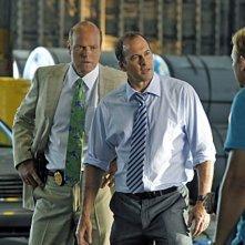 CSI Miami: David Caruso, Rex Linn, Adam Rodriguez e Scott Patterson in una scena dell'episodio Il killer leggendario, della decima stagione