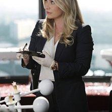 CSI Miami: Emily Procter in un momento dell'episodio Poker e morte della decima stagione
