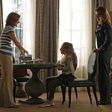CSI Miami: Eva La Rue, Adam Rodriguez, Caitlin Carmichael e Lindsay K. Northen in una scena dell'episodio Piccole miss della decima stagione