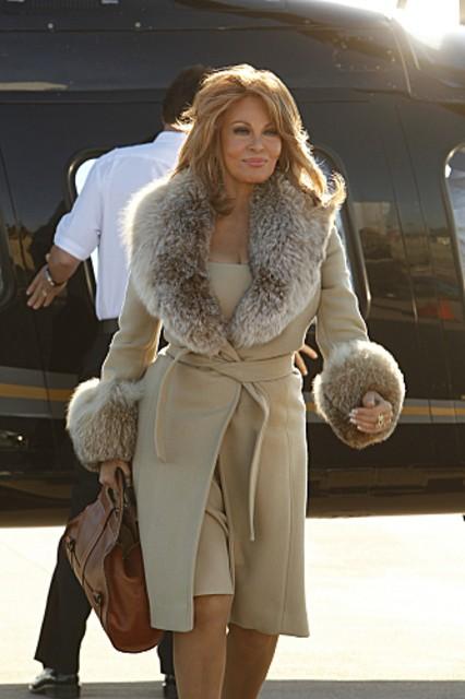Csi Miami Raquel Welch In Un Momento Dell Episodio Segreto Di Famiglia Della Decima Stagione 262118