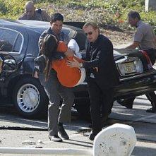 CSI Miami: Taylor Cole, David Caruso e Adam Rodriguez in una scena dell'episodio Habeas Corpse della decima stagione