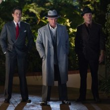 Sean Penn in una scena di Gangster Squad insieme ai due scagnozzi James Carpinello ed Evan Jones