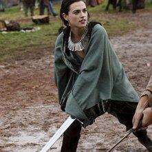 Merlin: Katie McGrath durante una scena dell'episodio Momento della verità, della prima stagione