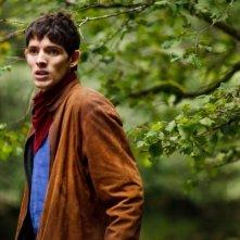 Merlin: Colin Morgan durante una scena dell'episodio L'ultimo signore dei draghi, della seconda stagione