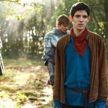 Merlin: Colin Morgan e Bradley James in una scena dell'episodio La rianimazione della strega, della seconda stagione