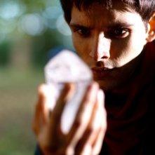 Merlin: Colin Morgan in una scena dell'episodio La rianimazione della strega, della seconda stagione