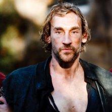 Merlin: Joseph Mawle druante una scena dell'episodio La rianimazione della strega, della seconda stagione