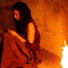 Merlin: Laura Donnelly druante una scena dell'episodio La dama del lago, della seconda stagione