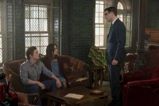 American Horror Story, Asylum - Zachary Quinto con Evan Peters e Sarah Paulson nell'episodio The Name Game