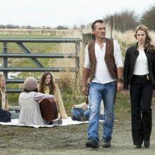 Cult: Robert Knepper ed Alona Tal in una scena della serie CW