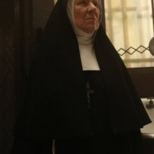 American Horror Story, seconda stagione: Barbara Tarbuck nell'episodio Spilt Milk