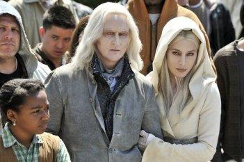 Defiance:  Tony Curran e Jaime Murray nel pilot della serie