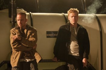 Breaking Bad: Jesse Plemons e Aaron Paul nell'episodio Buyout