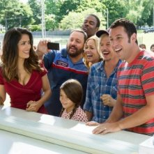 Grown Ups 2: Salma Hayek, Adam Sandler Chris Rock e il resto del cast in una divertente immagine