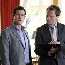 Revenge: Dylan Walsh nell'episodio Collusion della seconda stagione della serie