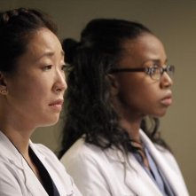 Grey's Anatomy: Sandra Oh e Jerrika Hinton nell'episodio I Was Made for Lovin' You, della nona stagione