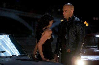 Vin Diesel e Michelle Rodriguez in una scena di The Fast and the Furious 6