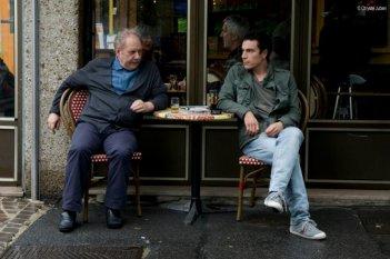 Pauvre Richard: Jackie Berroyer con Yacine Belhousse in una scena della commedia francese