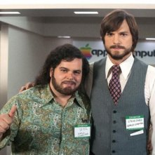 jOBS: Get Inspired: Ashton Kutcher e Josh Gad sul set del film