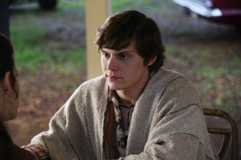 American Horror Story - Asylum, episodio finale: Evan Peters in 'Madness Ends'