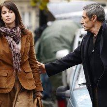 Amitiés sincères:  Zabou Breitman e Gérard Lanvin interpretano Stéphanie e Walter